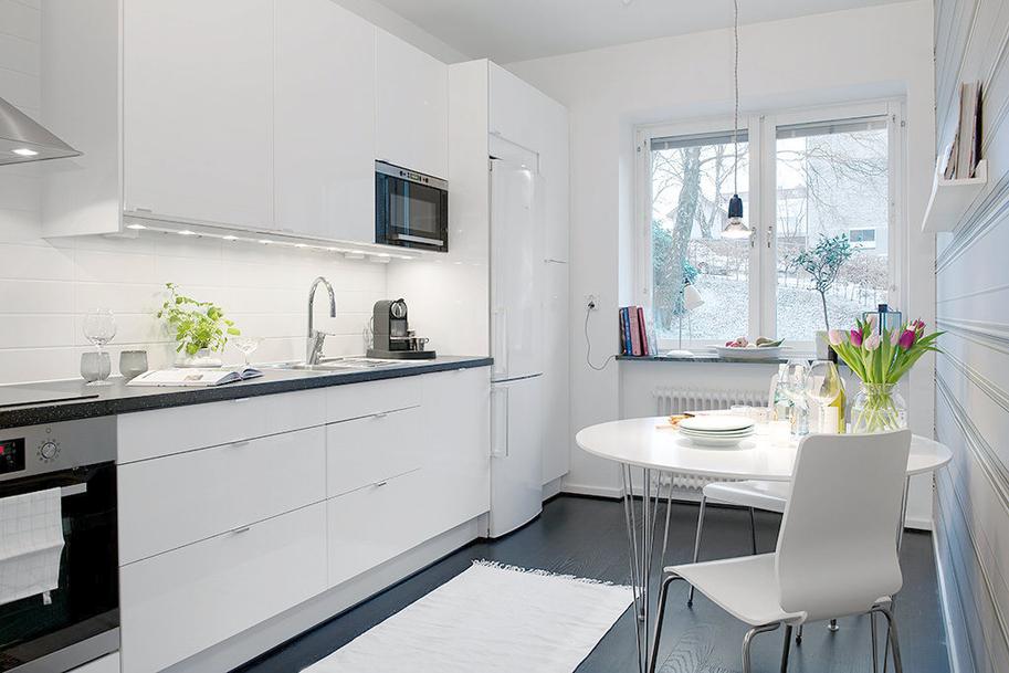 White scandinavian kitchen designs
